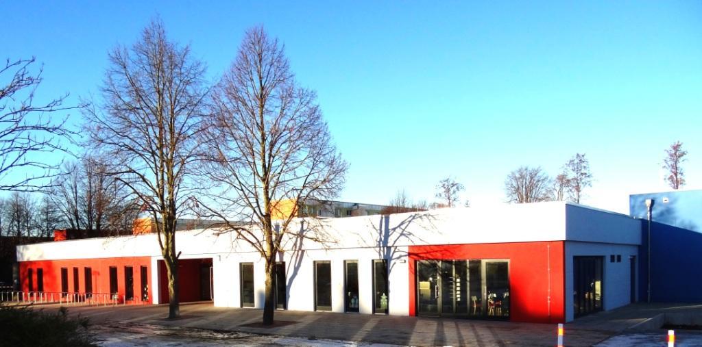 Blick auf das am 2.November 2016 neu eröffnete Begegnungszentrum der Bernsteinstadt Ribnitz-Damgarten. Foto: Eckart Kreitlow