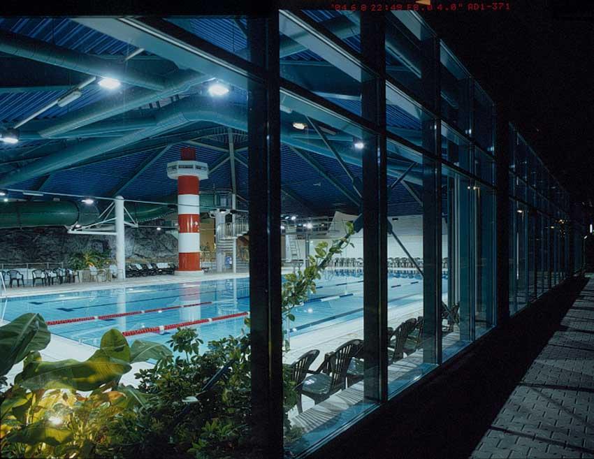 Bodden-Therme bei Nacht.  Fotoquelle: Bodden-Therme