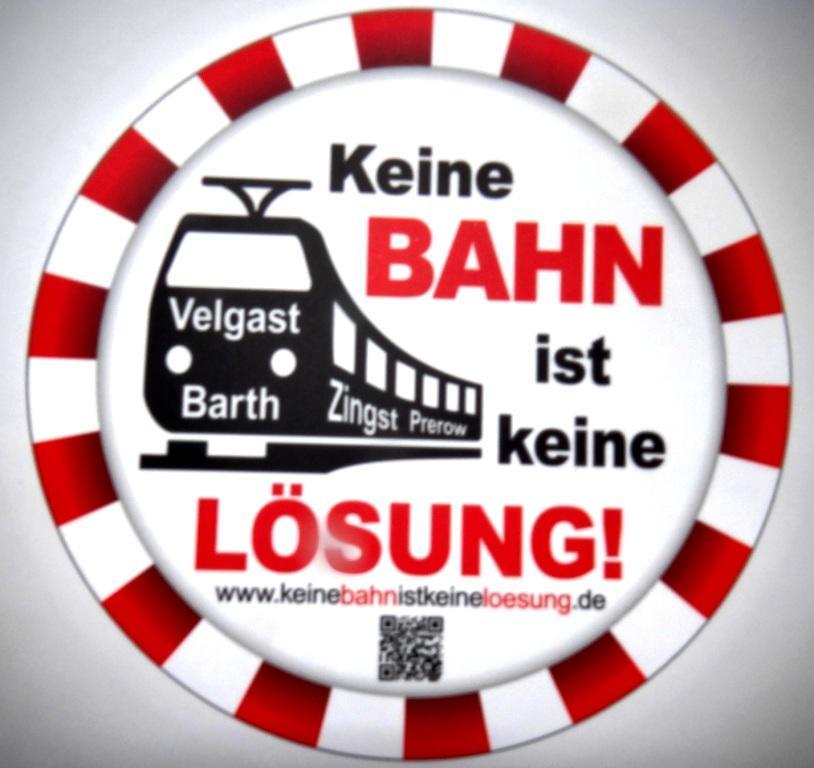 Keine Bahn ist keine Lösung! Bürgerinitiative für den Erhalt der Bahnverbindung Velgast - Barth und die Erweiterung der Strecke bis Prerow (Darßbahn). Foto: Eckart Kreitlow