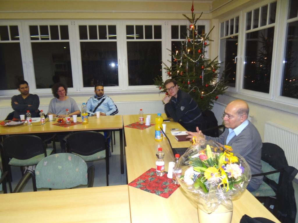 Interessantes Gespr�chsforum zu den Grenzregimen in Tunesien und Italien  mit Dr. Hikmat Al-Sabty, Mitglied des Landtages von Mecklenburg-Vorpommern,  am 3.Dezember 2015 in Ribnitz-Damgarten. Foto: Eckart Kreitlow