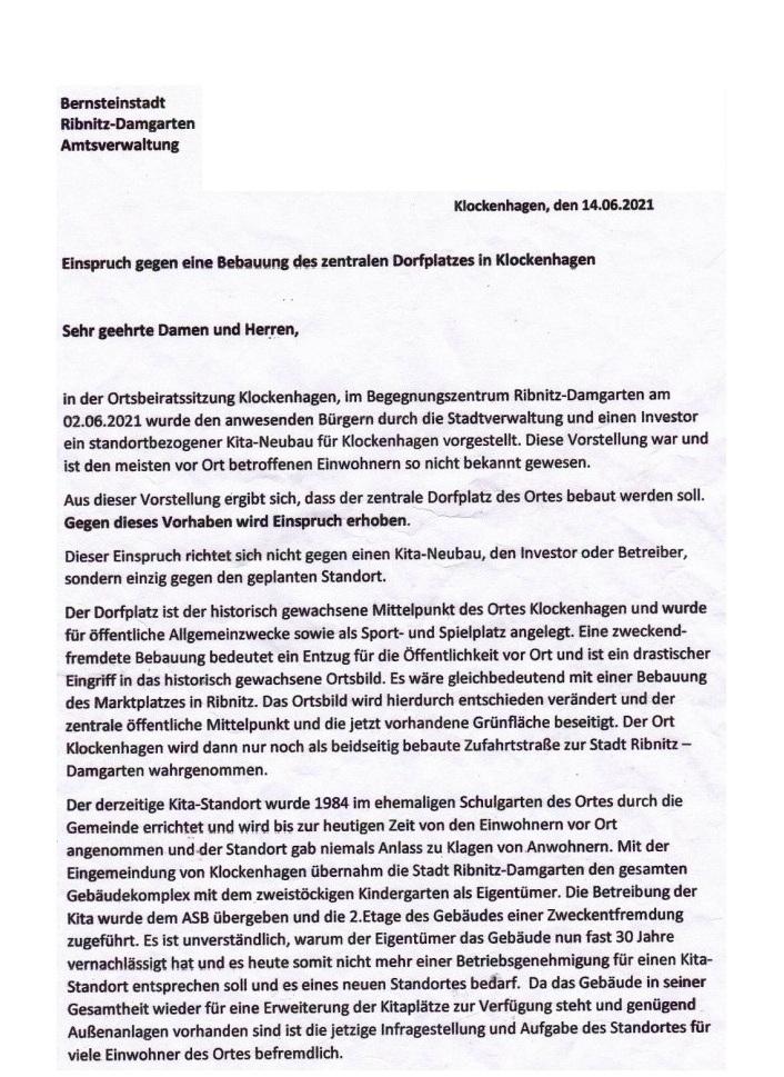 Einspruch und gegenwärtige Unterschriftensammlung von Bürgerinnen und Bürger des Ribnitz-Damgartener Ortsteils Klockenhagen gegen die geplante Bebauung des Dorfplatzes in Klockenhagen -  Per 9.07.2021 lagen bereits 187 Unterschriften von Bürgerinnen und Bürger des Ribnitz-Damgartener Ortsteils Klockenhagen, die unmittelbar am Dorfplatz oder in dessen Nähe wohnen, vor, die sich  nachfolgend zum zuvor aufgeführten Einspruch gegen die geplante Bebauung des Dorfplatzes in Klockenhagen in Unterschriftslisten eingetragen hatten.