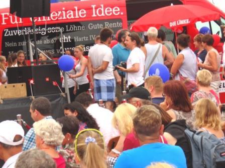 Impressionen vom 10. Internationalen Graal-Müritzer Friedensfest am 3.August 2013. Foto: Eckart Kreitlow