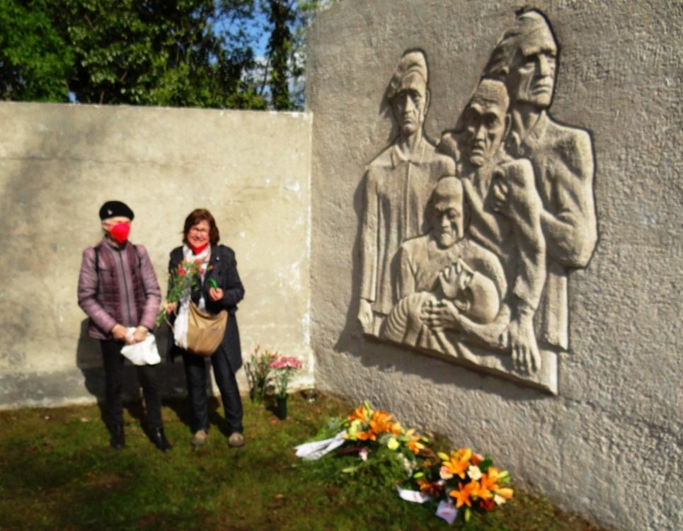 Gedenken zum 76. Jahrestag der Befreiung vom Faschismus am 8. Mai 2021 in der Bernsteinstadt Ribnitz-Damgarten. Foto: Eckart Kreitlow