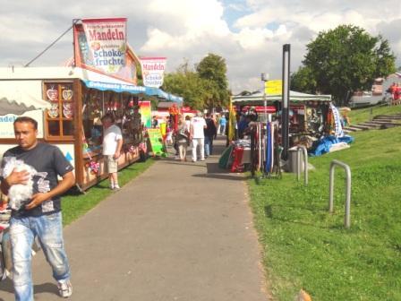 Bilder vom Hafenfest und vom Samstagsmarkt am 17.August 2013 in der Bernsteinstadt Ribnitz-Damgarten. Foto: Eckart Kreitlow
