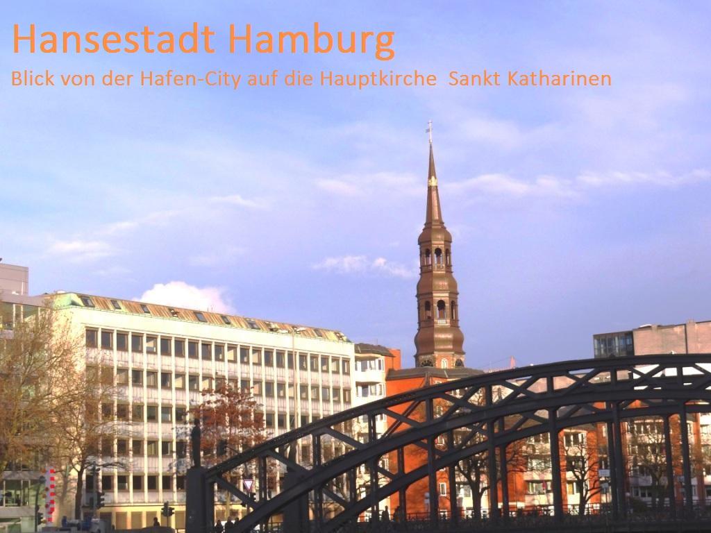 Hansestadt Hamburg - Blick von der Hanse-City auf die Hauptkirche Sankt Katharinen in Hamburg. Foto: Eckart Kreitlow