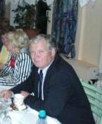Der nach kurzer, schwerer Krankheit Verstorbene auf der Feier zum 85.Geburtstag unserer Mutter im Jahre 2007.