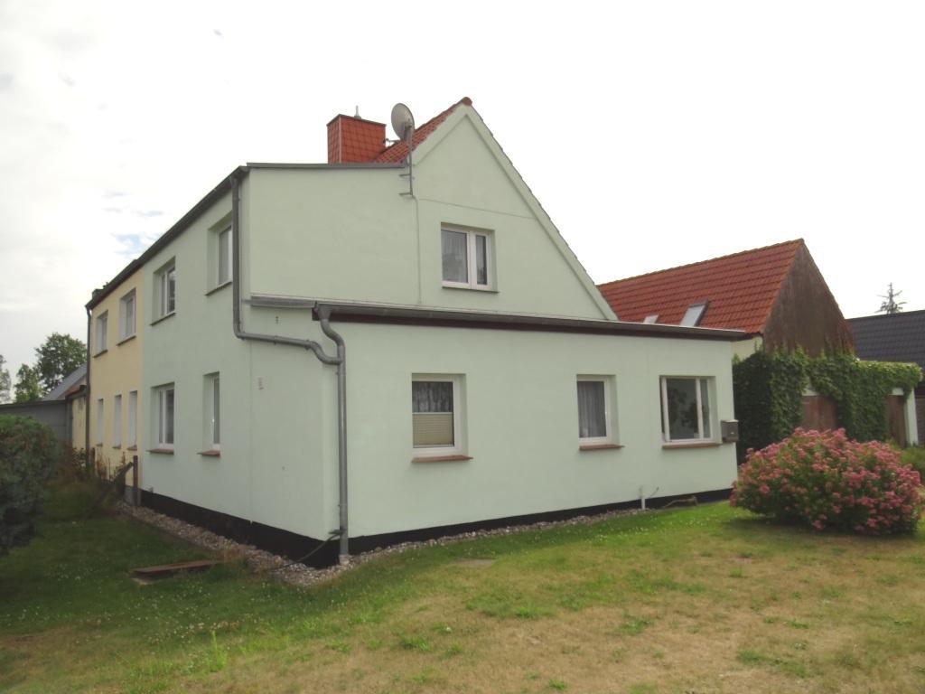 Einfamilienhaus mit Grundstück  in ruhiger Lage in Ortsteil von Ribnitz-Damgarten  zu verkaufen -