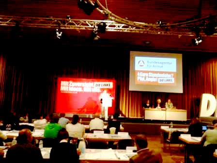 Fotos vom Rostocker Landesparteitag der Partei Die Linke am 13. und 14.August 2011. Foto: Eckart Kreitlow
