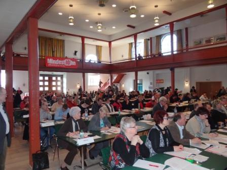 Fotos vom Güstrower Landesparteitag der Partei Die Linke am 3.März 2012. Blick in den Tagungsraum im Güstrower Bürgerhaus. Foto: Eckart Kreitlow