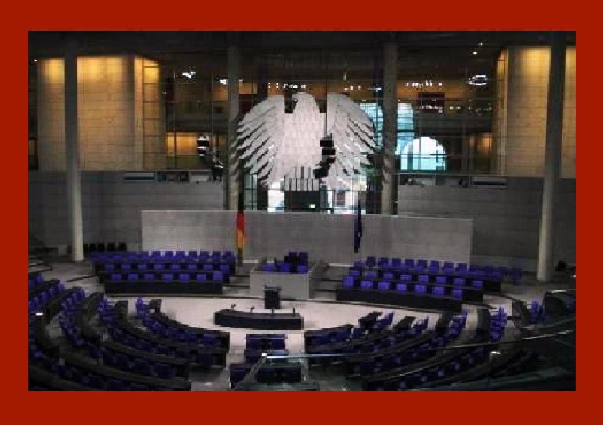 Hauptstadt Berlin - Blick in den Plenarsaal des Deutschen Bundestages. Foto: Eckart Kreitlow