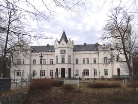 Blick auf das Schlemminer Schloss in Mecklenburg-Vorpommern. Foto: Eckart Kreitlow