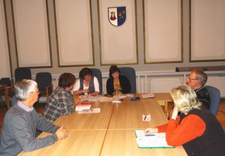 Am 31. Januar 2013 fand die 1.Sitzung des Gemeindewahlausschusses der Bernsteinstadt Ribnitz-Damgarten zur Vorbereitung der B�rgermeisterwahlen 2013 in Ribnitz-Damgarten statt. Foto: Eckart Kreitlow