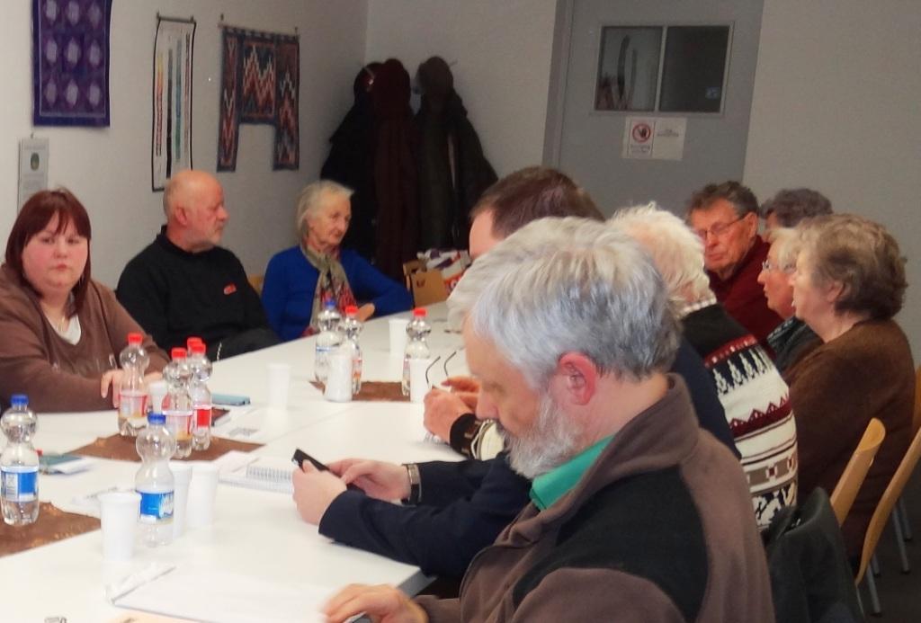 Wahlen des Ortsverbandes DIE LINKE Ribnitz-Damgarten. Die Genossinnen und Genossen des Ortsverbandes DIE LINKE Ribnitz-Damgarten wählten auf ihrer Parteiversammlung am 17.März 2016 einen neuen Ortsvorstand. Foto: Eckart Kreitlow